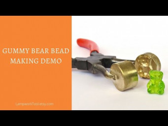 Gummy bear lampwork bead making - short demo