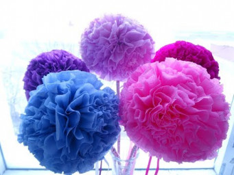 How To Make Pom Pom Flowers With Tissue Paper